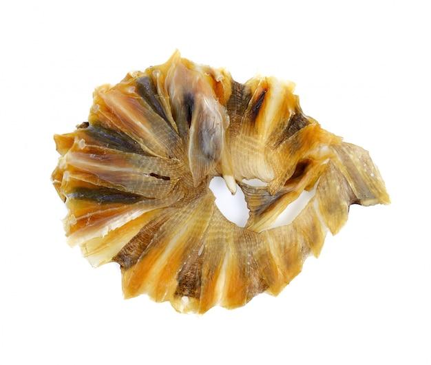 Сушеная рыба ската, изолированные на белом