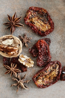 Dried tomato and anise stars
