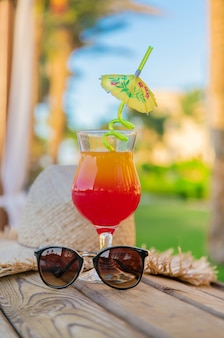 Drink a cocktail on vacation