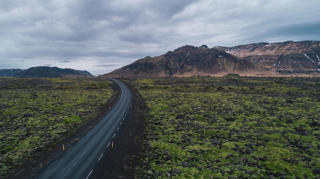 Вождение по исландским дорогам, изучение исландии
