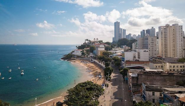 사발 도르 바이아 브라질에서 포르토 다 바라 해변의 무인 항공기 공중보기.