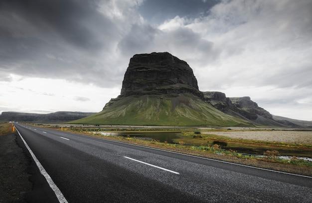 Дрон выстрел исландской природы