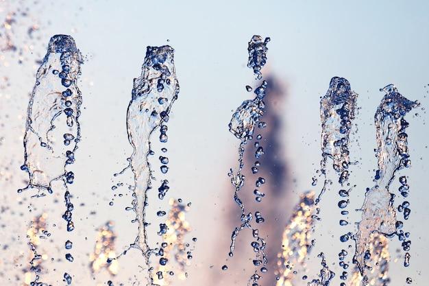 噴水の水を落とします