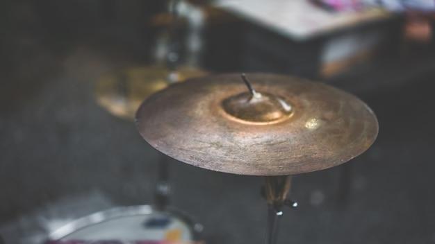 Drum crash cymbal