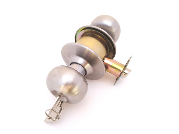 Drum, cylindrical or knob lock with keys