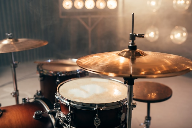 Drum kit, percussion instrument, beat set, nobody