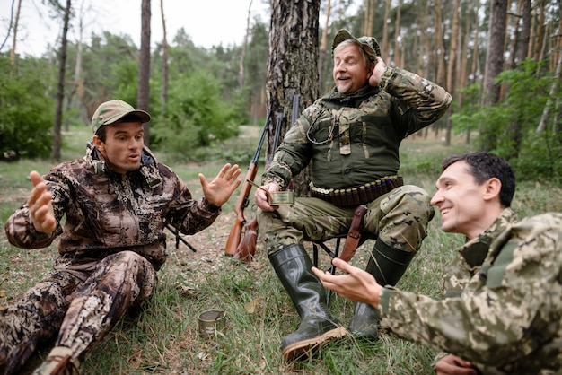 Drunk hunters have picnic telling funny story