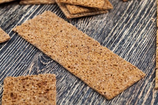 Dry crusty bread from rye flour