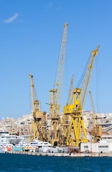 Dock secco al porto grande