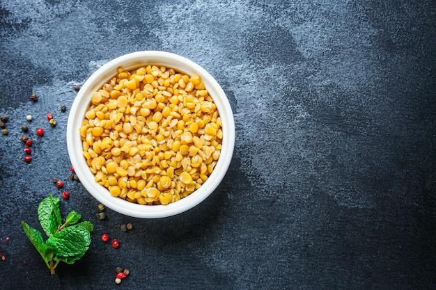 乾燥したエンドウ豆のお粥