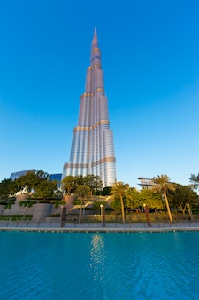 Dubai, uae - november 27: burj khalifa on november 27, 2014 in dubai, uae. burj khalifa is currently the tallest building in the world, at 829.84 m (2,723 ft).