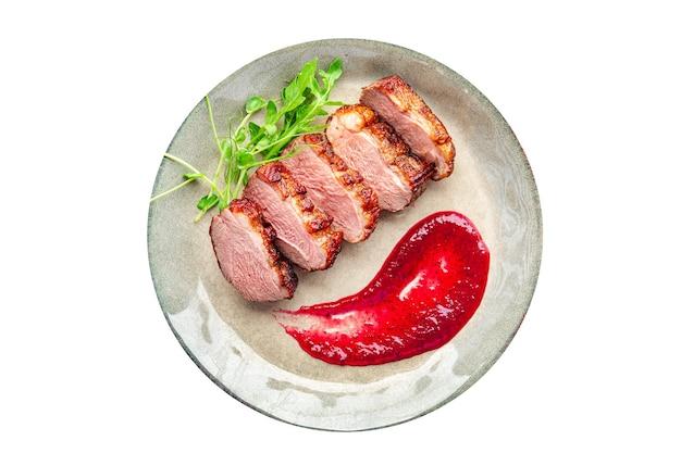 鴨胸肉のおかず2コース目新鮮な食事の準備ができてテーブルの上で軽食をコピースペースフード