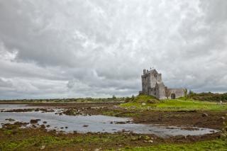 中世の城dunguaire hdr
