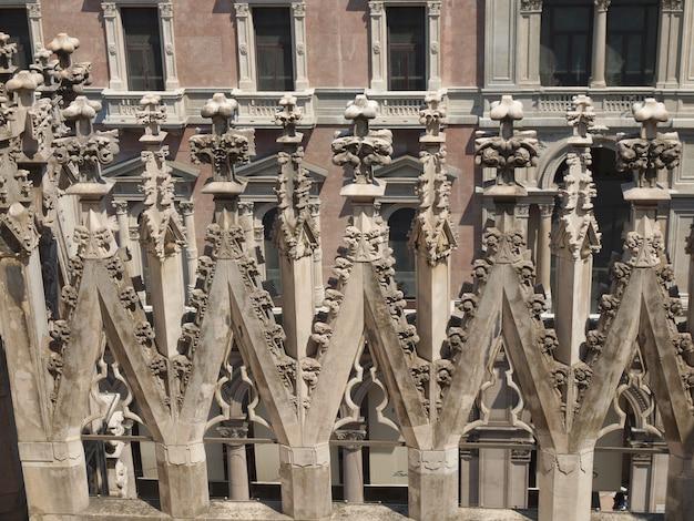 Миланский собор (миланский собор)