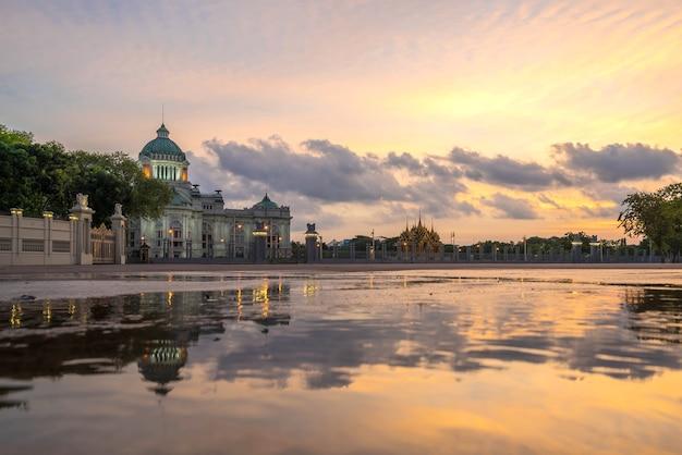 Dusit palace , ananta samakom throne hall in bangkok city, beautiful sunset