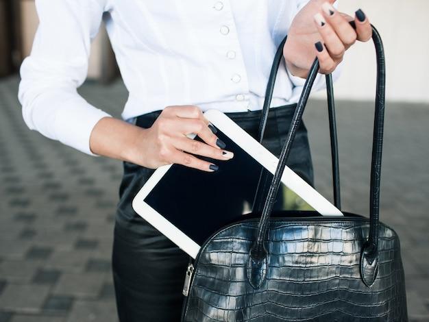 E-commerce advertisement modern technology tablet business woman lifestyle concept