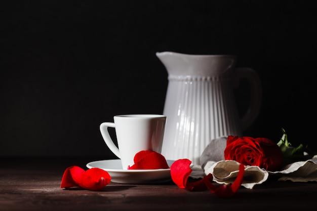 早朝のロマンスの朝食