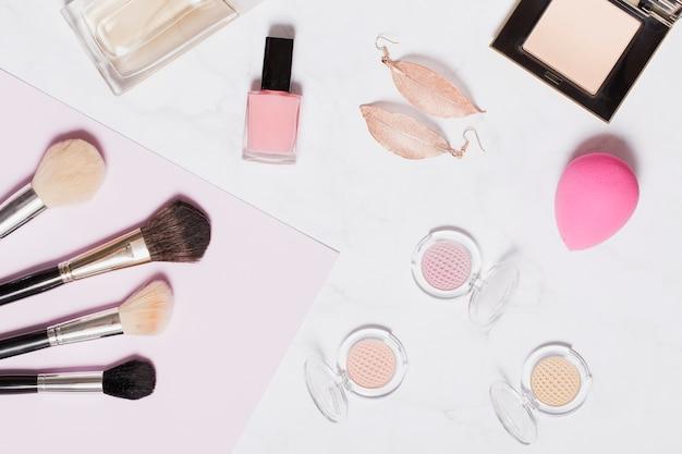 Серьги и макияж