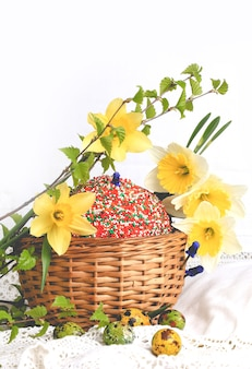 イースターケーキ塗装卵水仙春作文素朴なレトロなスタイル