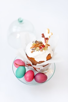 Easter cake and painted eggs. easter composition with orthodox sweet bread