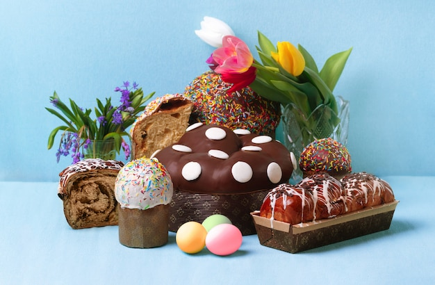 Easter cakes background