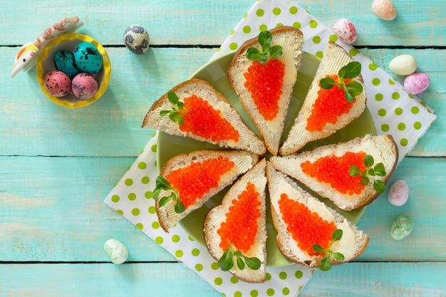 어린이를위한 부활절 당근 샌드위치 창의적인 아침 식사