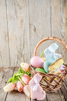 Easter holiday greetings background