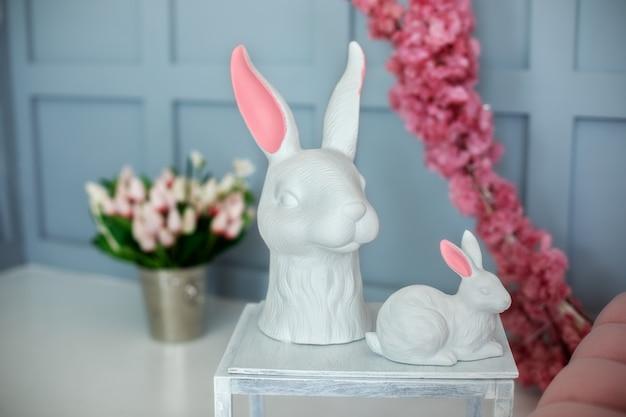 Пасхальный фарфор кроликов декор цветами