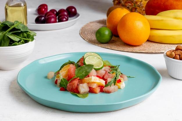簡単な準菜食主義の食事療法の食品組成