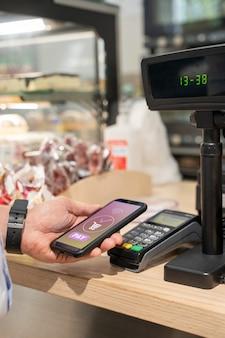 Pagamento tecnologico facile e wireless
