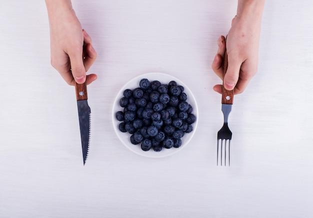Употребление в пищу некоторые ягоды черники