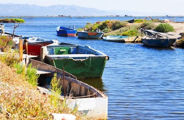 Ebro川のデルタでボート