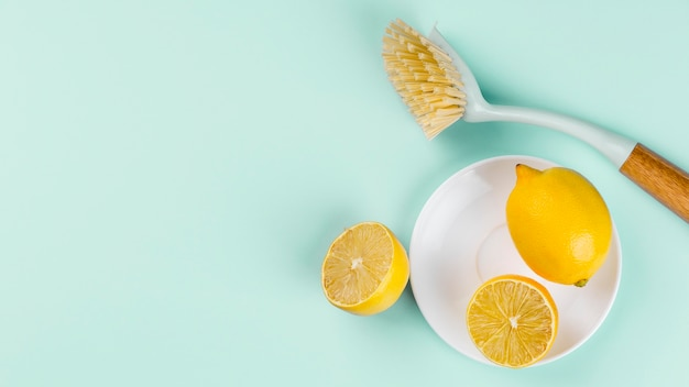 Eco cleaning halves of lemon top view
