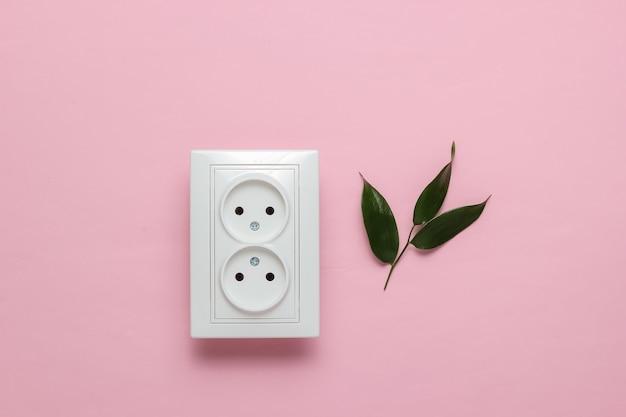 Эко-концепция энергия энергия экономия спасите планету двойная розетка зеленые листья