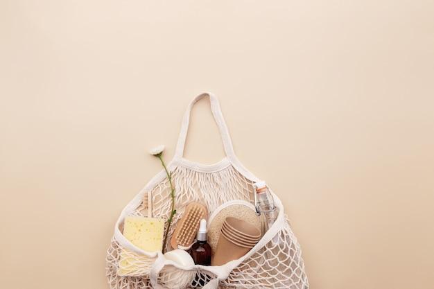 쇼핑백 꽃 목욕 액세서리가 있는 친환경 베이지색 플랫 레이