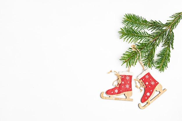 Экологичные рождественские украшения и деревянные украшения