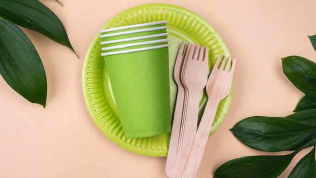Экологичные одноразовые зеленые чашки для посуды
