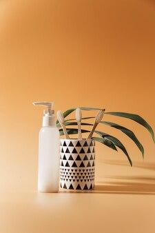 Экологически чистые бамбуковые щетки