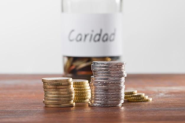 Risparmio economico sul tavolo