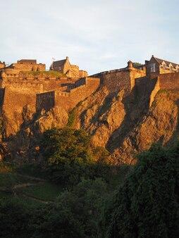 日没時のエディンバラ城