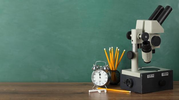顕微鏡による教育日の品揃え
