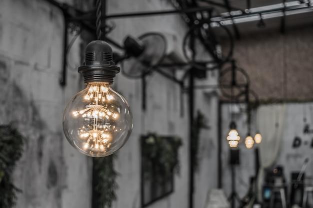 Урожай освещения декора. (фильтрованное изображение обработано старинных effe