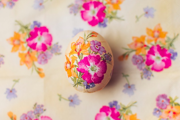 Egg decoupaged with flowers