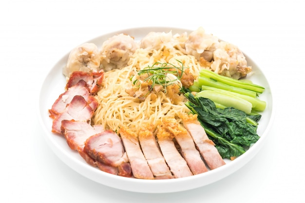 Egg noodle with red roast pork