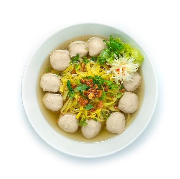 Яичная лапша со свиными шариками в прозрачном супе