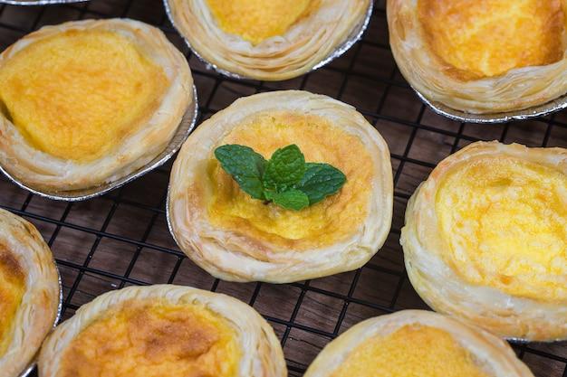 卵のタルト、伝統的なポルトガルのデザート