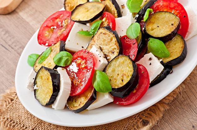 トマトとフェタチーズのegg子サラダ