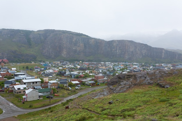 エルチャルテン山の村の景色、パタゴニア、アルゼンチン。エルチャルテンの町並み