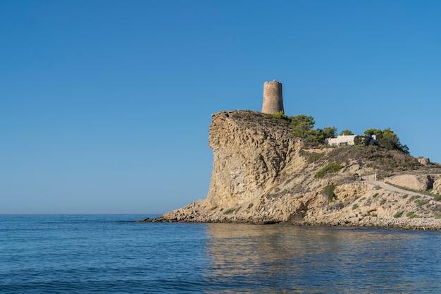 Villajoyosa, 알리 칸테, 스페인에있는 el xarco 개 해변.