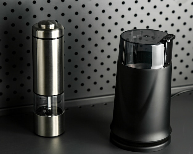 Electric blender mixer and juicer set